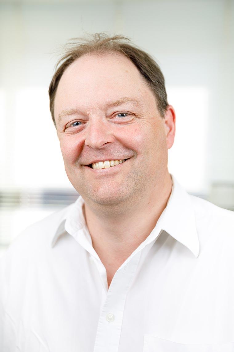 Zahnarzt Dr. Bernhard Loisl
